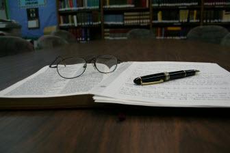 閱讀英文提升理解能力